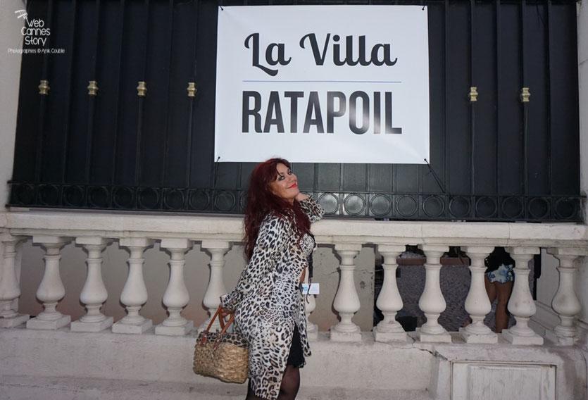 Esméralda Petit Benito, devant la Villa Ratapoil - Festival de Cannes 2016 - Photo © Anik Couble