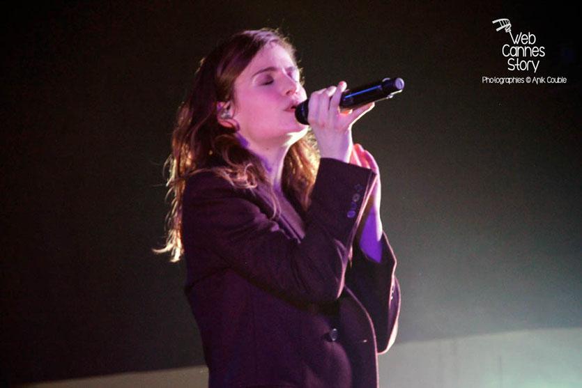 Christine & The Queens, en concert privé Radio Scoop - Casino le Lyon Vert - 7 avril 2015 - Charbonnières les Bains - Photo © Anik COUBLE