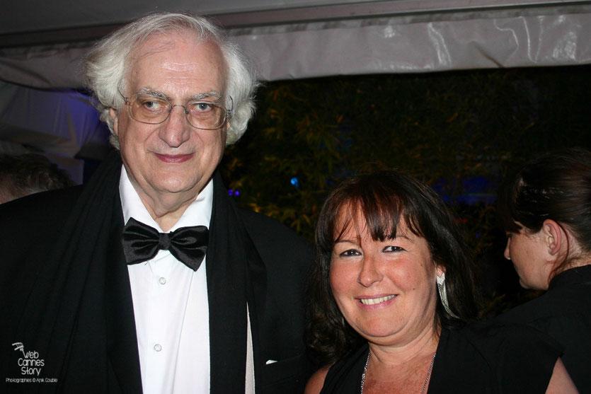 """Anik Couble et Bertrand Tavernier, lors de la soirée de son film """" La Princesse de Montpensier """" - Plage de l'Hôtel Majestic - Festival de Cannes 2010 - Photo © Anik Couble"""