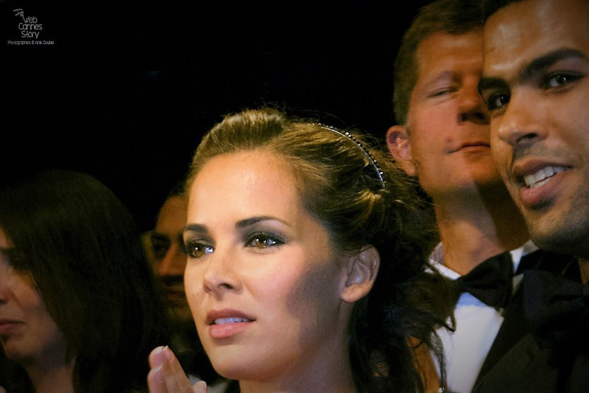 """Melissa Theuriau et Rachid  Debbouze, lors de la projection du film """"Hors la loi""""  de Rachid Bouchareb - Festival de Cannes 2010 - Photo © Anik Couble"""