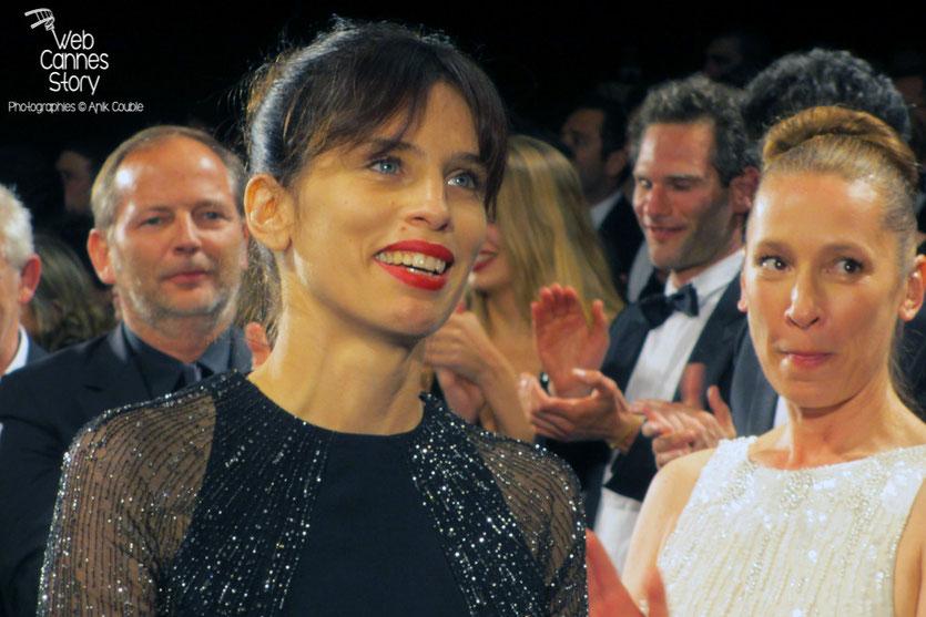 """Maïwenn et Emmanuelle Bercot, lors de la projection de """"Mon roi"""" de Maïwenn - Festival de Cannes 2015 - Photo © Raymond Haïk"""