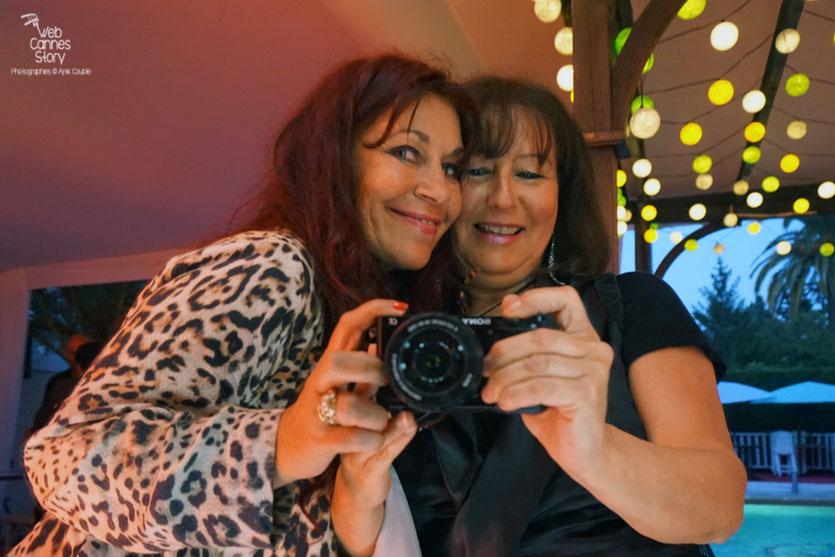 Dernier petit selfie d'Anik Couble et Esméralda Petit Benito, à la Villa Ratapoil, avant d'aller dormir - Festival de Cannes 2016 - Photo © Anik Couble