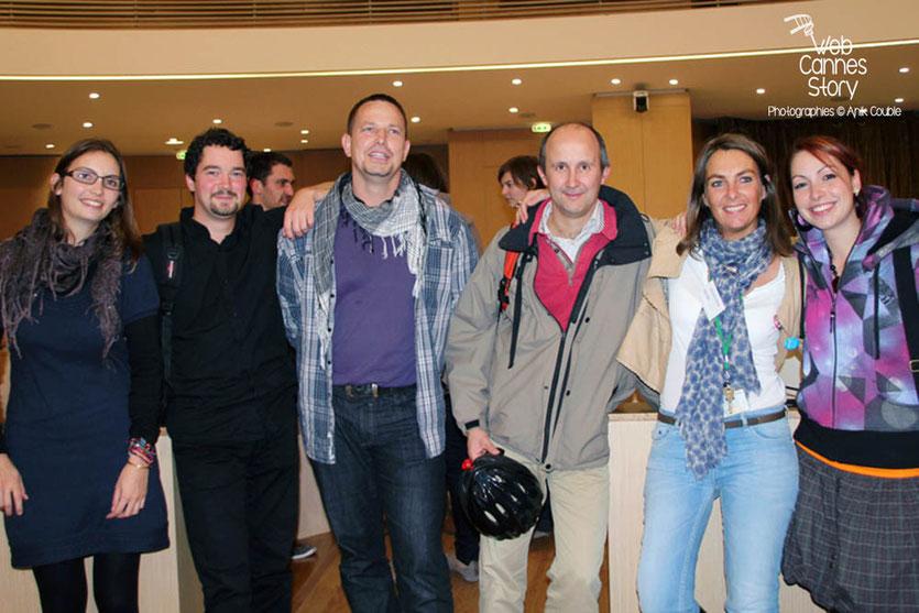Le service Environnement  de la Région Rhône- Alpes et des membres de l'atelier citoyen - Lyon - 0ctobre 2011  © Anik COUBLE