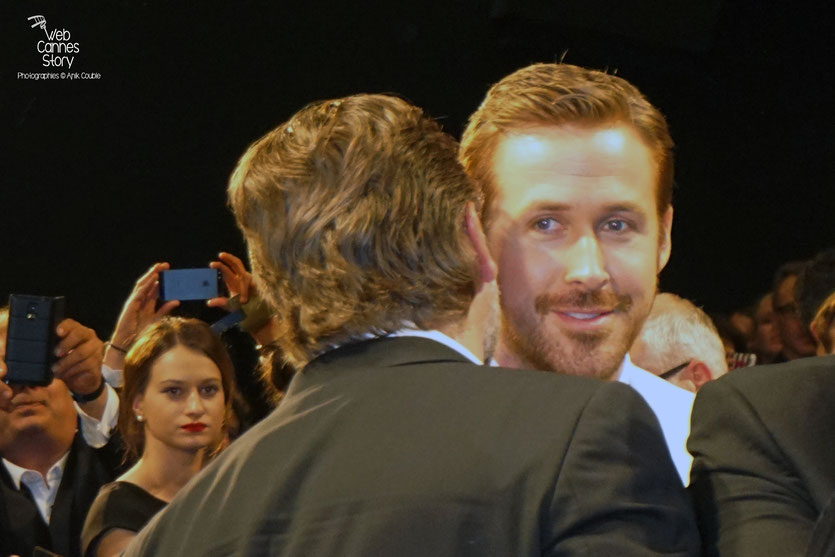 "Ryan Gosling et Russell Crowe, lors de la projection du film "" The Nice Guys"" de Shane Black - Festival de Cannes 2016 - Photo © Anik Couble"