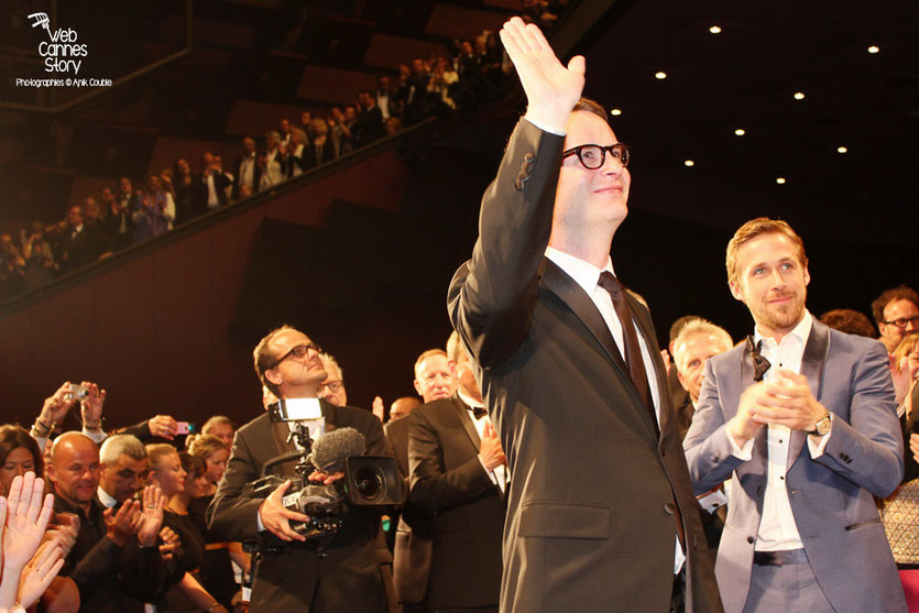 "Nicolas Winding Refn et Ryan Gosling,  lors de la projection du film ""Drive""  de Nicolas Winding Refn - Festival de Cannes 2011 - Photo  © Anik Couble"
