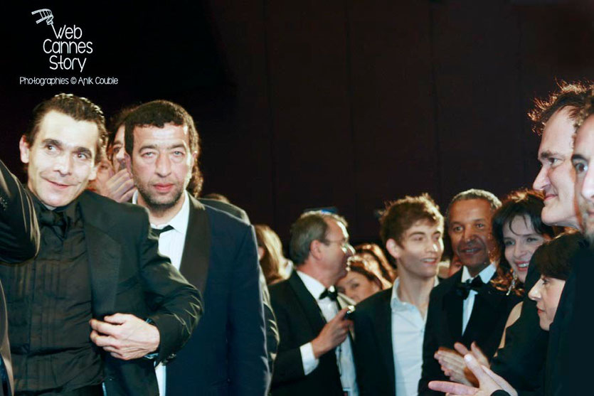 """Quentin Tarantino, Juliette Binoche et Abderrahmane Sissako, lors de la projection du film """"Un prophète"""" de Jacques Audiard   - Festival de Cannes - 2009 - Photo © Anik COUBLE"""