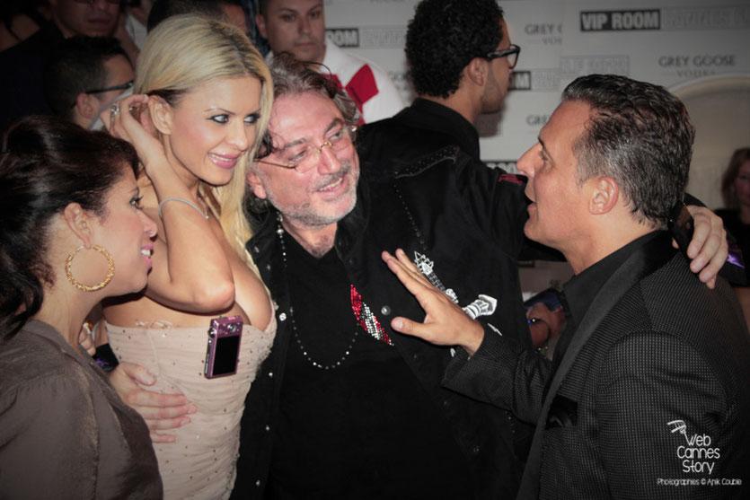 Jean-Roch, accueillant ses invités - Vip Room  - Festival de Cannes 2012 - Photo  © Anik Couble