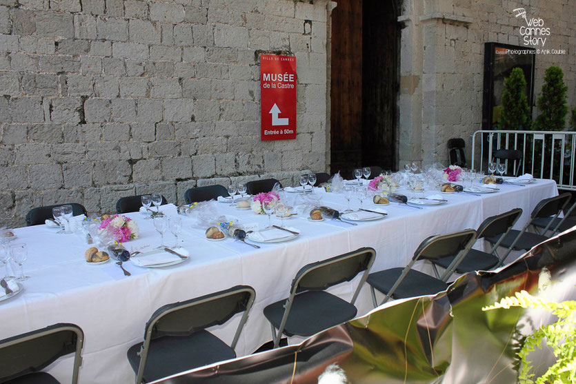 La table des membres du Jury, lors du déjeuner de presse, offert par le maire de Cannes - Festival de Cannes 2011 - Photo © Anik Couble