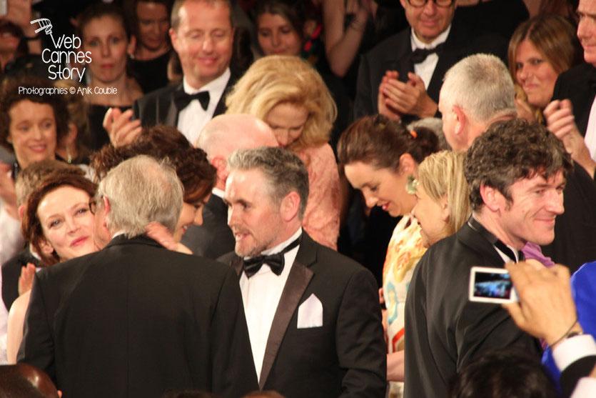 De gauche à droite Simone Kirby, Ken Loach et Barry Ward, lors de la présentation du film «Jimmy's Hall» de Ken Loach - Festival de Cannes 2014 - Photo © Anik COUBLE