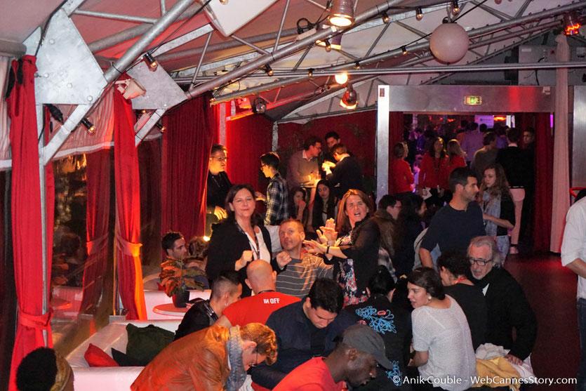 Sylvaine, Isabelle et Franck,  lors d'une très festive soirée à La Plateforme - Nuits Lumière - Festival Lumière 2016 - Lyon - Photo © Anik Couble