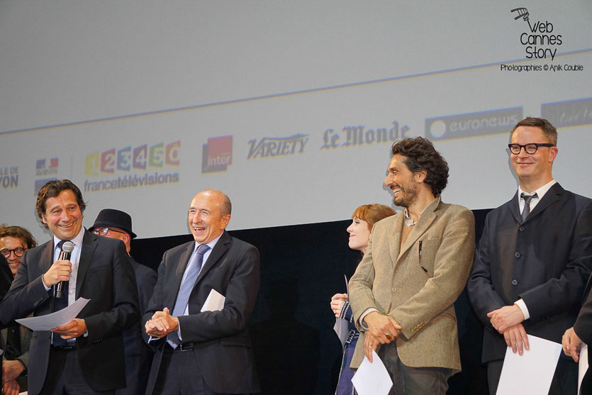 Laurent Gerra, livrant un show hilarant, lors de la cérémonie d'ouverture du Festival Lumière 2015 - Lyon - Photo © Anik COUBLE