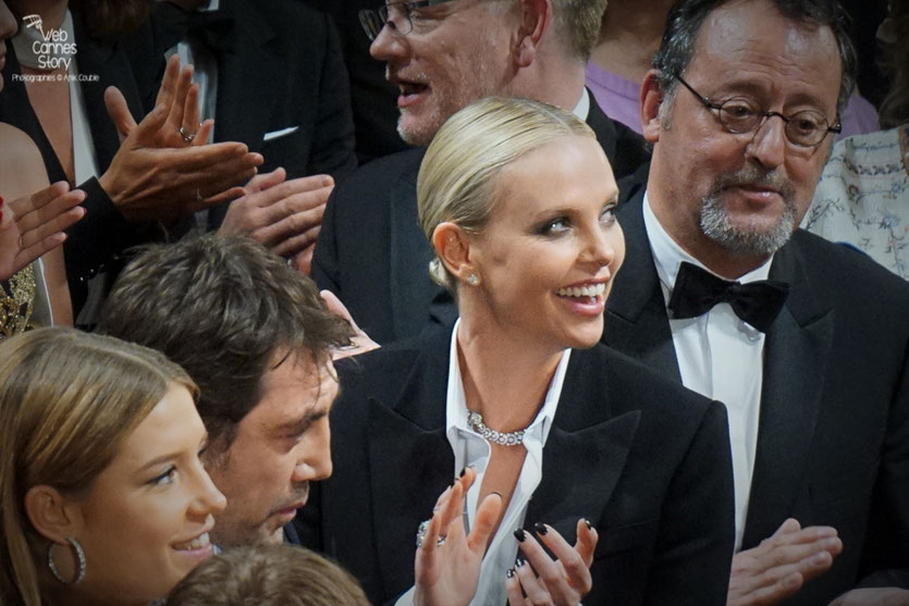 "Adèle Exarchopoulos, Javier Bardem, Charlize Theron et Jean Réno, lors de la projection du film ""The last face"" de Sean Penn - Festival de Cannes 2016 - Photo © Anik Couble"