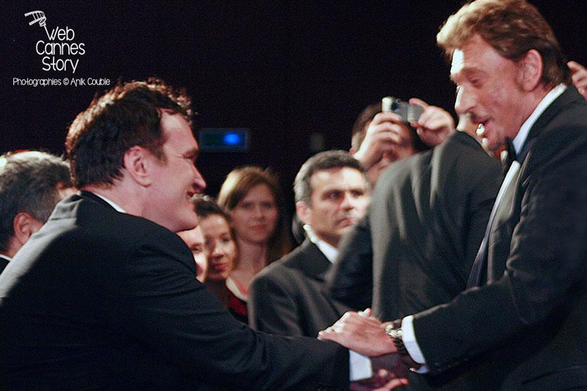 """Quentin Tarantino et Johnny Hallyday, lors de la projection du film """"Vengeance"""" de Johnnie To - Festival de Cannes - 2009 - Photo © Anik COUBLE"""