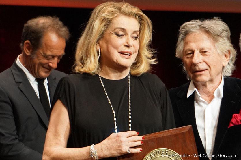 Vincent Lindon, Catherine Deneuve et Roman Polanski - Cérémonie de remise du Prix Lumière - Amphitheâtre 3000 - Lyon - Oct 2016  - Photo © Anik Couble
