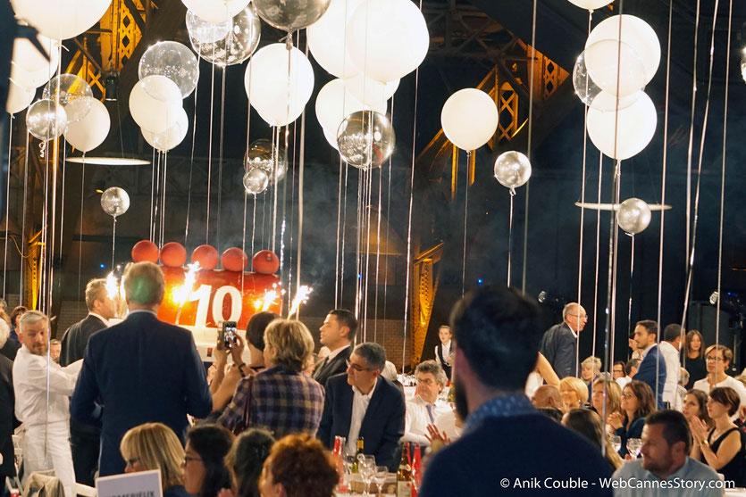 Superbe ambiance, lors du très convivial dîner d'ouverture du Festival Lumière 2018 - Lyon - Photo © Anik Couble