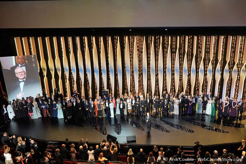 113 prestigieux invités, sur la scène du Palais des festivals pour célébrer les 70 ans du Festival de Cannes - Festival de Cannes 2017 - Photo © Anik Couble