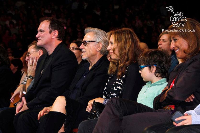 Quentin Tarantino, entouré de Tim Roth, d' Harvey Keitel, sa compagne et son fils - Clôture du Festival Lumière - Lyon - 2013 - Photo © Anik COUBLE
