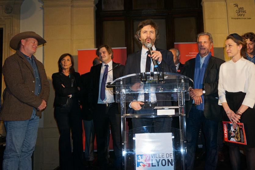 """Christophe Ono-dit-Biot, lors de la remise du prix """"Le point"""" du Polar Européen à Olivier Norek - Quais du Polar 2016 - Lyon - Photo © Anik Couble"""