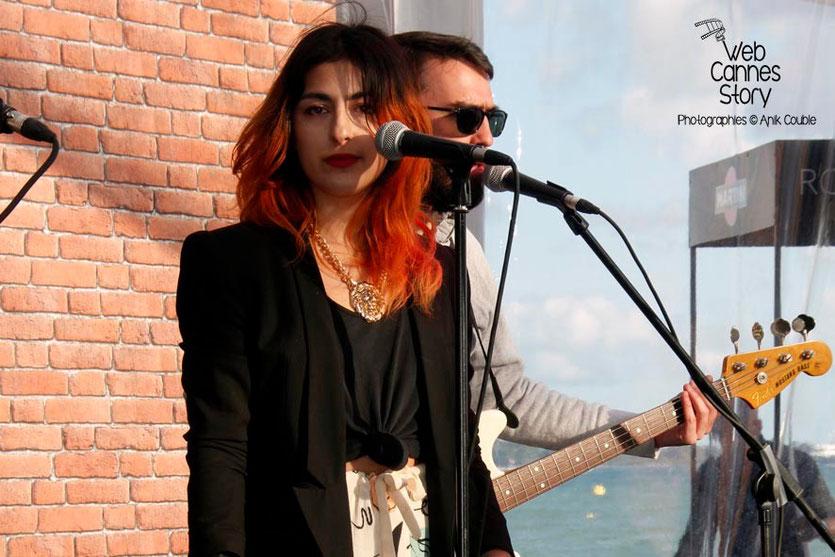 "Nili Hadida,  du groupe ""Lilly Wood and the Prick"" -  Terrazza Martini - Festival de Cannes 2013 - Photo © Anik COUBLE"