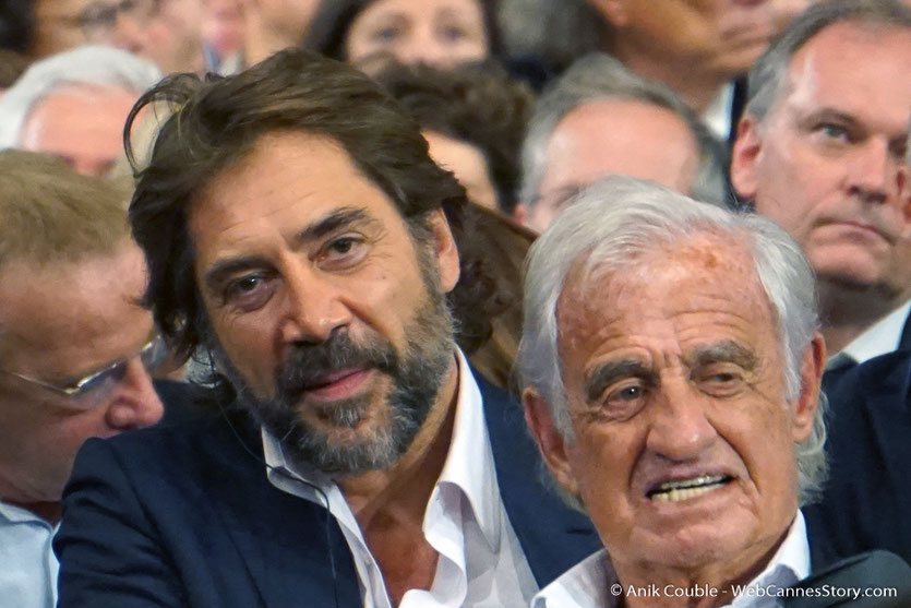 Javier Bardem et Jean-Paul Belmondo, lors de la cérémonie d'ouverture du Festival Lumière 2018 - Lyon - Photo © Anik Couble