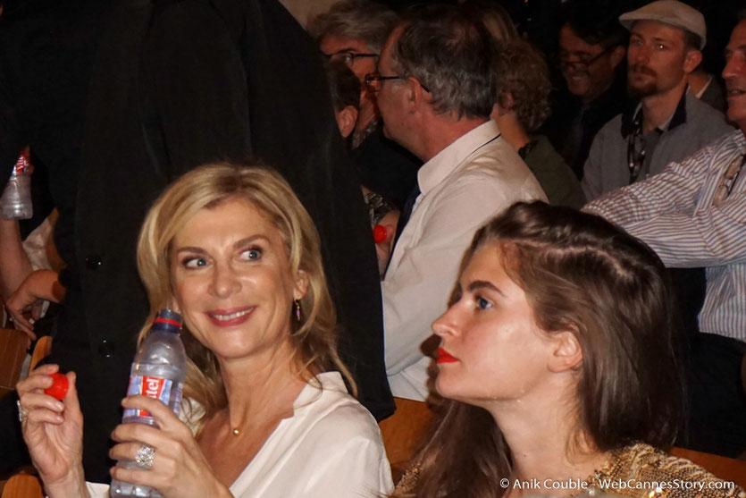 Michèle Laroque et sa fille Oriane Deschamps, lors de la cérémonie d'ouverture du Festival Lumière 2017, à Lyon - Photo © Anik Couble