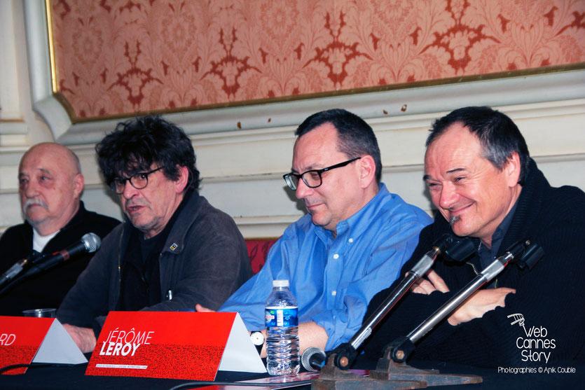vPatrick Raynal, Jean-Bernard Pouy  et Jérome Leroy, lauréat du Prix des lecteurs, lors de la Conférence « 20 ans du Poulpe »  - Quais du Polar 2015 - Lyon - Photo © Anik COUBLE