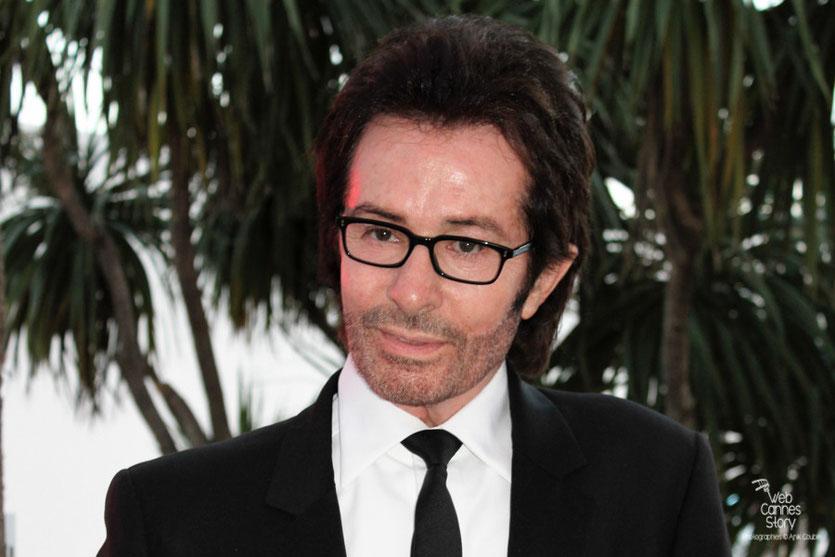 Georges Chakiris, lors de la remise du Prix François Chalais à Nadine Labaki - Festival de Cannes 2011 - Photo © Anik Couble