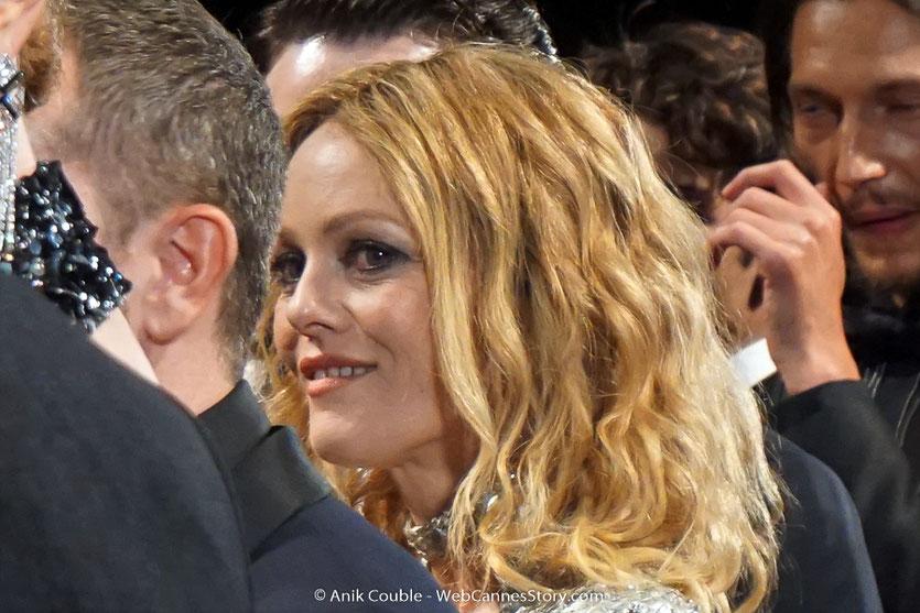 Vanessa Paradis, sublime et lumineuse, lors de la présentation du film, Un couteau dans le cœur, de Yann Gonzalez, présenté, le 17 mai 2018, en sélection officielle - Festival de Cannes 2018 - Photo © Anik Couble