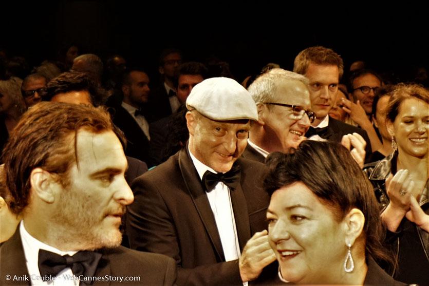 """Lyne Ramsay et son acteur Joachim Phoenix, lors de la projection de son film, """"You were never really here"""" - Festival de Cannes 2017 - Photo © Anik Couble"""