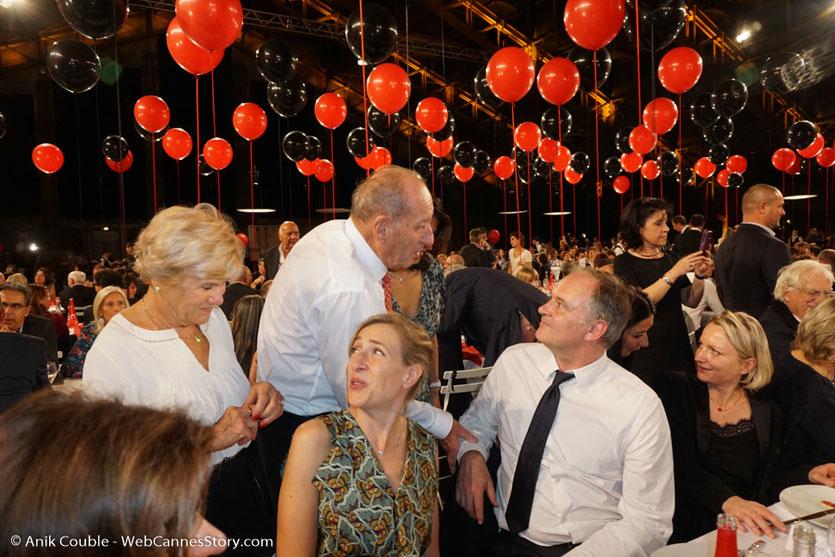 Echange amical entre Max Lefranq-Lumiere, petit fils de Louis Lumière et Christian Carion, lors du dîner d'ouverture du Festival Lumière 2017, à Lyon - Photo © Anik Couble