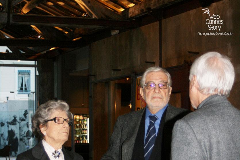 Ettore Scola , en compagnie de son épouse et de Jean A. Gili,  dans  le hangar du 1er film - Institut Lumière - Lyon - 29 avril 2009 - Photo © Anik Couble