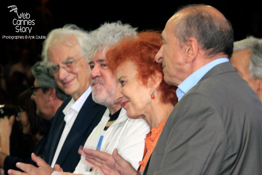 Bertrand Tavernier, Pedro Almodovar, Marisa Paredes et Gérard Collomb - Clôture du Festival Lumière - Lyon - Octobre 2014 - Photo © Anik COUBLE