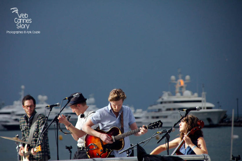 The Lumineers au Grand Journal de Canal +  Festival de Cannes 2013 - Photo © Anik COUBLE