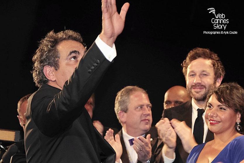 """Wayne Blair en compagnie de Deborah Mailman et Chris O'Dowd, lors de la projection de son film """"The Sapphires"""" - Festival de Cannes 2012 -  Photo © Anik Couble"""