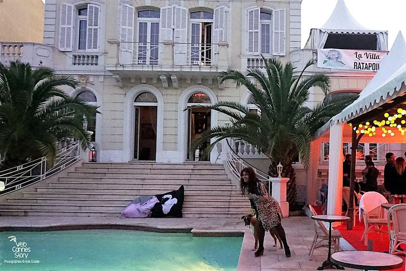 Agréable fin de nuit et début de journée pour Esméralda Petit Benito à la Villa Ratapoil - Festival de Cannes 2016 - Photo © Anik Couble
