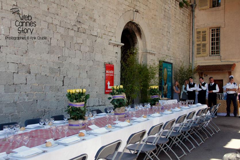 La table des membres du Jury,  lors du déjeuner de presse, offert par le maire de Cannes - Festival de Cannes 2015 - Photo © Anik COUBLE