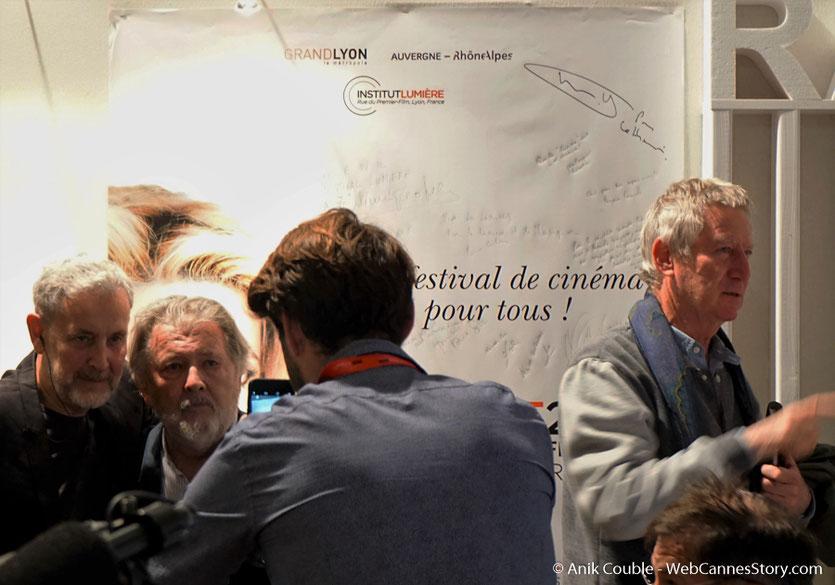 Walter Hill, posant avec Yves Bongarcon,  dans le studio de  Radio Lumière - Festival Lumière 2016 - Lyon - Photo © Anik Couble