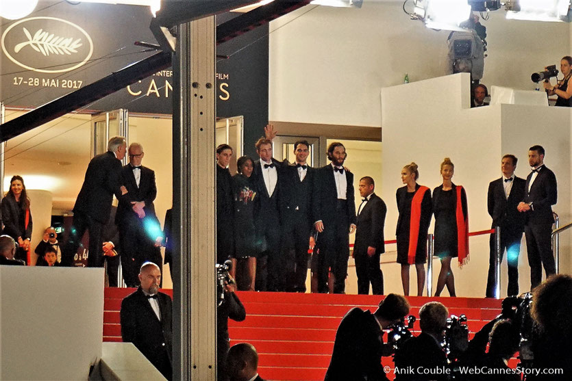 "L'équipe du film ""Good Time"" de Josh Safdie & Benny Safdie - Festival de Cannes 2017 - Photo © Anik Couble"