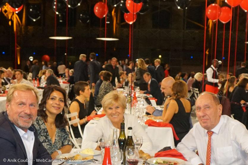 Mes amis, Max et Michèle Lefrancq-Lumière, Eric Lefrancq-Lumière et sa compagne Sandra, lors du dîner d'ouverture du Festival Lumière 2017, à Lyon - Photo © Anik Couble