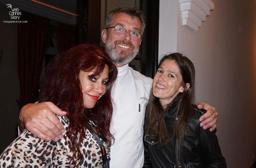 Jérôme Aubert, le chef talentueux de la Villa Ratapoil, entouré d'Esméralda Petit Benito et de Gégé - Festival de Cannes 2016 - Photo © Anik Couble