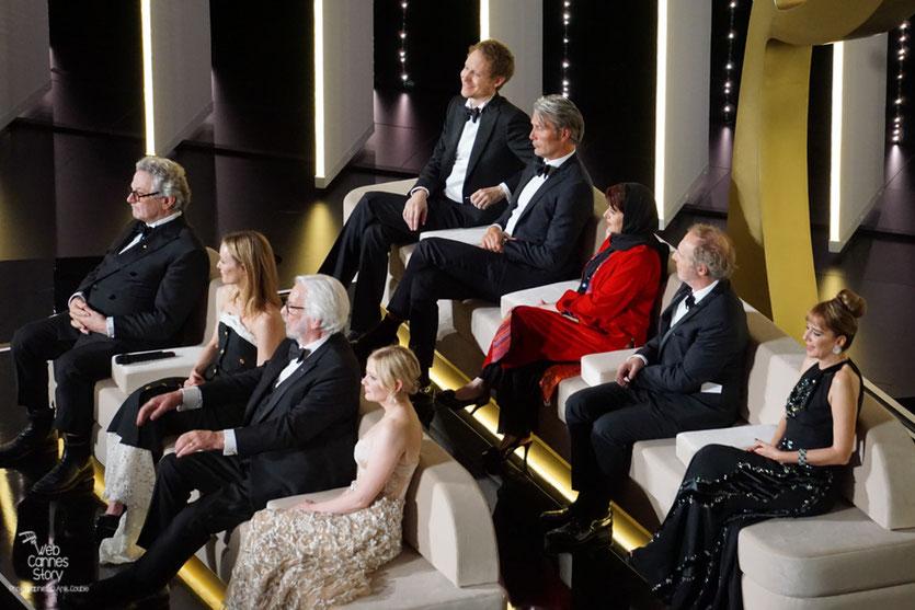 Les membres du Jury, présidé par Goerge Miller - Festival de Cannes 2016 - Photo © Anik Couble
