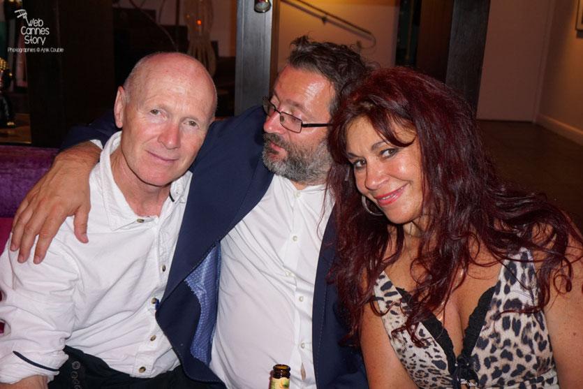 Esméralda Petit Benito,  en compagnie de Vincent Maraval,  distributeur (Wild Bunch) et Paul Laverty, scénariste de Ken Loach, lors de  la  soirée de Clôture à l'Hôtel 3.14 - Festival de Cannes 2016 - Photo © Anik Couble