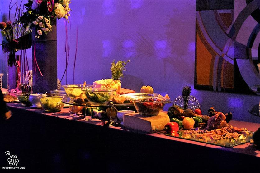 Le superbe buffet de de la soirée de Clôture - Festival de Cannes 2010 - Photo © Anik Couble