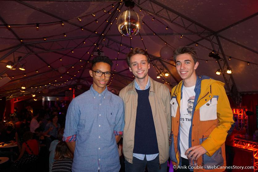 Louis Albinet, entouré de ses amis Maxime Defraye et Etzer Suffrin, lors d'une très festive soirée à La Plateforme - Nuits Lumière - Festival Lumière 2016 - Lyon - Photo © Anik Couble
