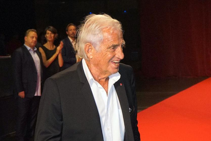 Jean-Paul Belmondo, sur le tapis rouge, lors de la cérémonie d'ouverture du Festival Lumière 2018 - Lyon - Photo © Anik Couble