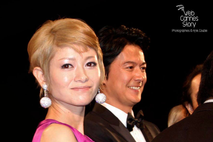 """Shogen Hwang et Masaharu Fukuyama, acteurs du film japonais, """"Tel père, tel fils"""" de Kore-Eda Hirokazu  - Festival de Cannes 2013 - Photo © Anik COUBLE"""
