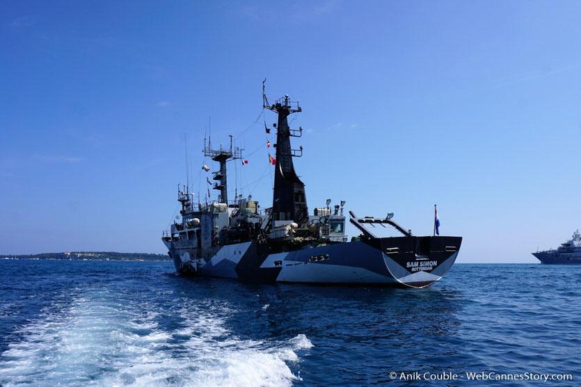 """Le """"Sam Simon"""", l'un des bateaux de la fondation Sea Shepherd - Festival de Cannes 2016 - Photo © Anik Couble"""