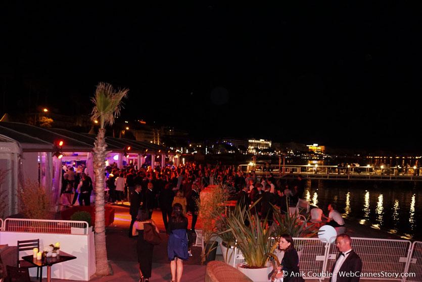 Soirée de clôture du Festival de Cannes, sur la plage de l'Hôtel Majestic - Festival de Cannes 2017 - Photo © Anik Couble