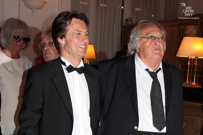 Arrivée de Georges Lautner et Vincent Perrot, au dîner donné en l'honneur de Jean-Paul Belmondo, au Carlton - Festival de Cannes 2011 - Photo © Anik Couble