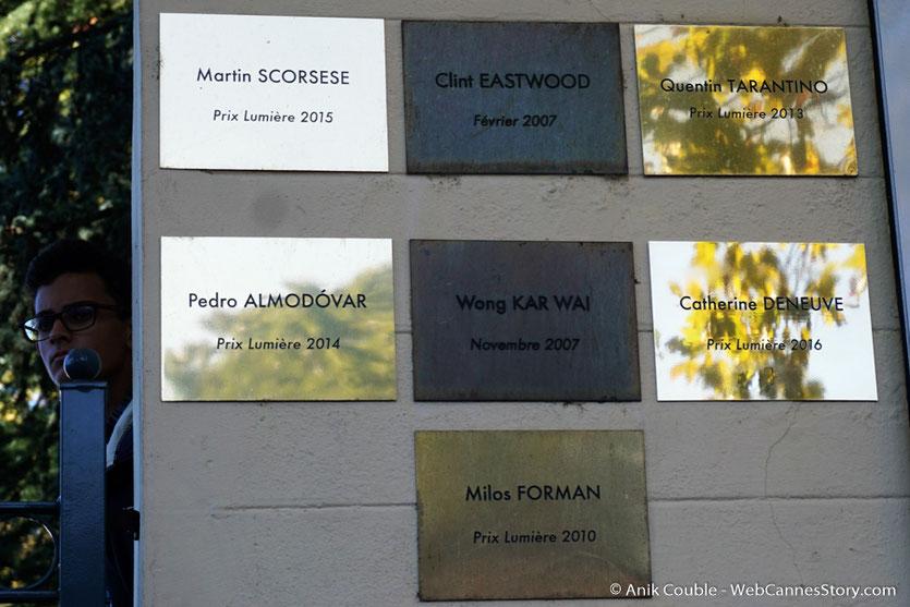 La plaque de Catherine Deneuve, sur le mur des réalisateurs - Lyon - Festival Lumière 2016 - Photo © Anik Couble